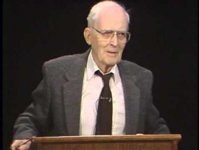 Hugh Nibley (1910-2005), notável estudioso do livro de Mórmon; also Mormon apologist